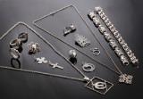 Hugo Grün m.fl. Samling smykker af sølv og sterlingsølv (18)