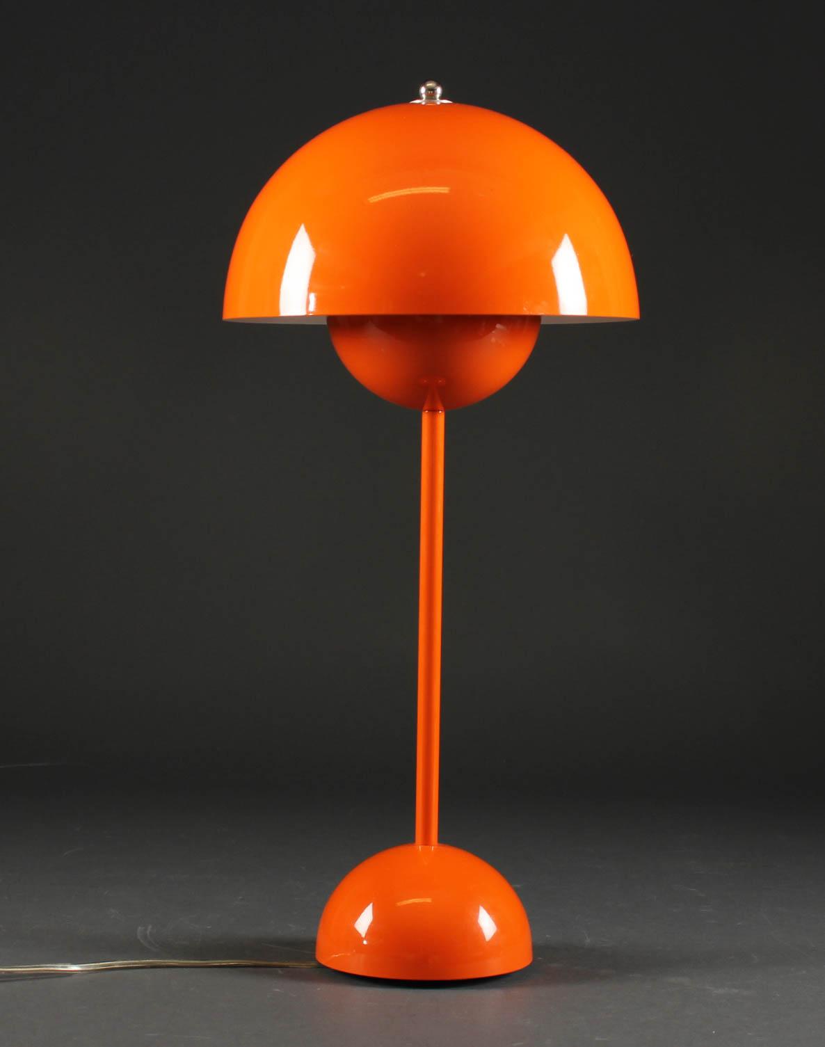 Picture of: Verner Panton Flowerpot Bordlampe Orange Lauritz Com