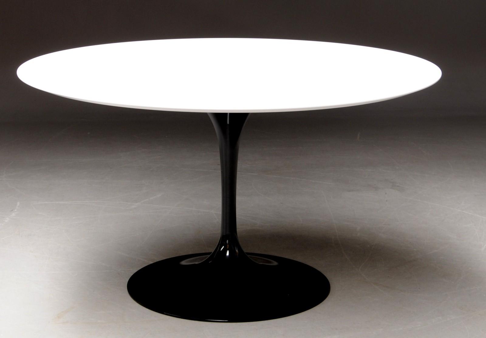 Eero Saarinen. U0027Tulipu0027 Spisebord. Ø 130 Cm