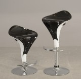Barstole af plast og forkromet metal (2)