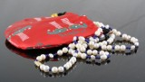 1 strand cultured fresh water pearl & lapis lazulli necklace