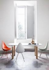 Arne Jacobsen for Fritz Hansen. Six white Drop chairs