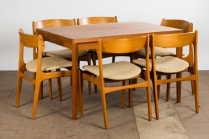 Erik Buck a set of 6 chairs model 49 for O D M¸blerHenning