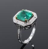 Vintage smaragd og brillantring