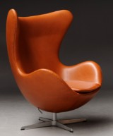Arne Jacobsen. The Egg, lounge chair with cognac 'Canyon' aniline leather