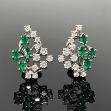 Ear clips with emeralds and brilliant cut diamonds (2)