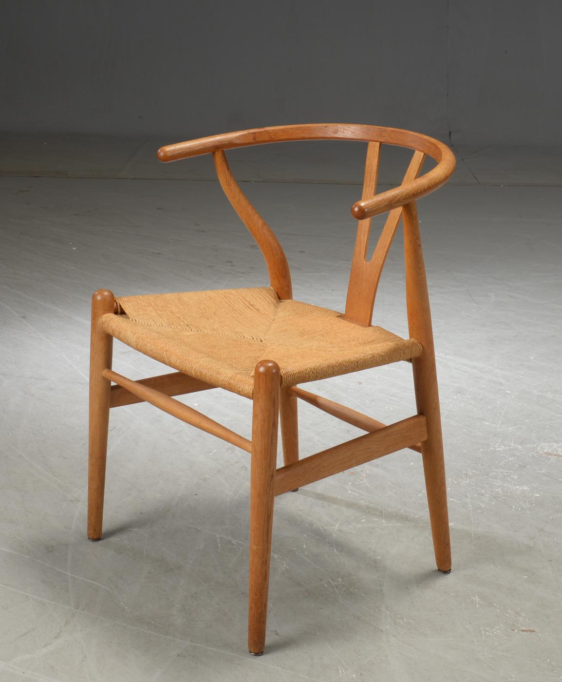 Hans J. Wegner. 'Y stolen' model CH 24, eg |