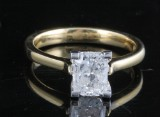 Ring in 18k set with emerald cut diamond 1.50 ct