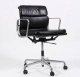 Charles Eames. Soft Pad kontorstol, model EA-217, sort læder