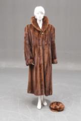 Brown mink coat with cap, size 48 (2)