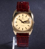 Certina 'Certiday'. Automatic men's watch, substantial 18 kt. gold case