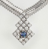 Necklace, 14 kt white gold with sapphire and brilliant-cut diamonds