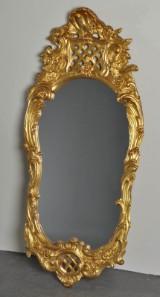 Guldfärgad spegel, rokokostil.