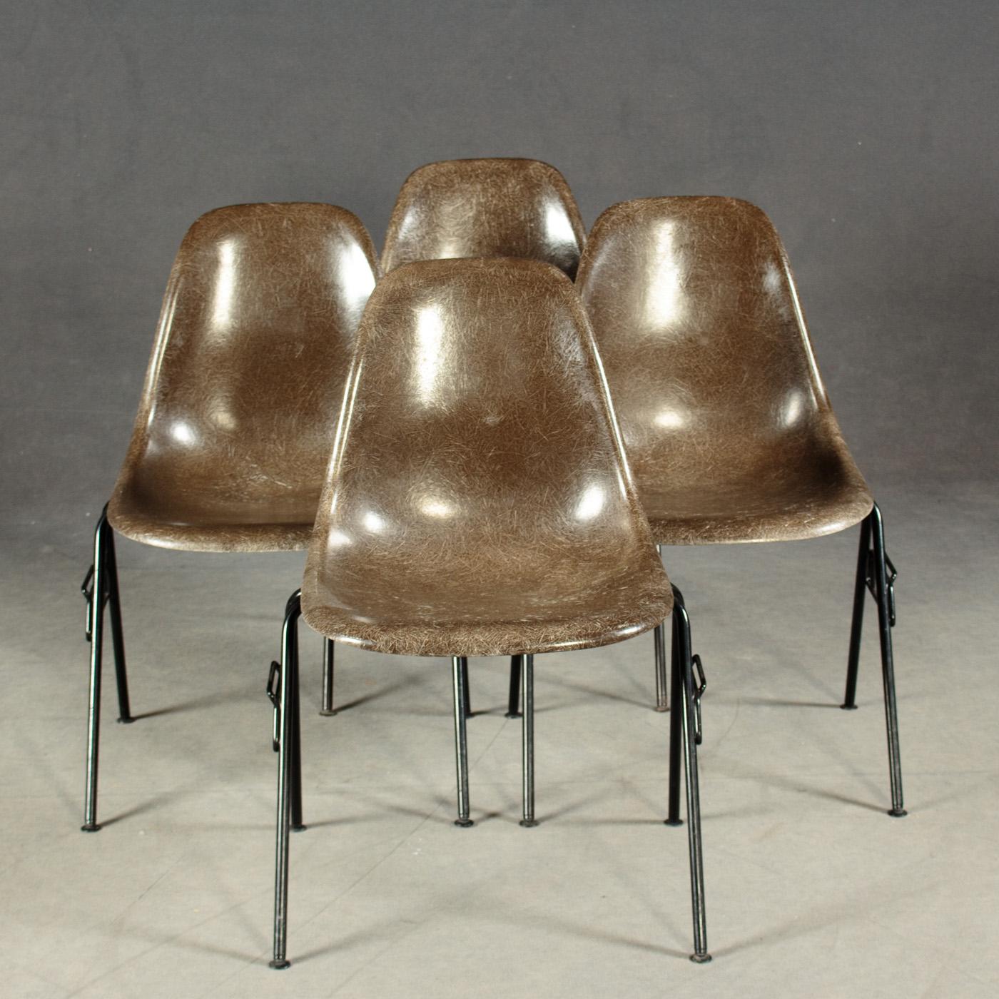 Auktionstipset - Eames Stühle. Fiberglas. Hermann Miller