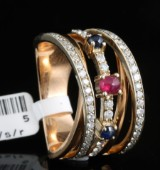 18kt diamond and gem ring approx. 0.65ct