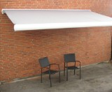 Markise, vind/sol sensor, 4,0 meter, polyesterdug, hellukket alluminiumskasse, motor og fjernbetjening