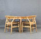 Hans J. Wegner, chairs model Y Chair, model no. 24 Wishbone for Carl Hansen + dining table (5)