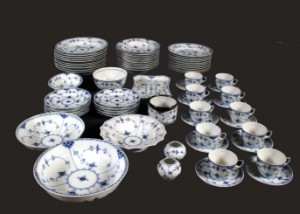 Royal Copenhagen Blue fluted pattern  Dinner/ coffee set Top