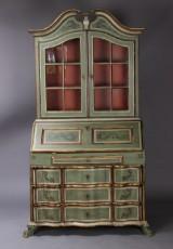 Barok chatol med vitrineoverdel