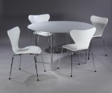 Piet Hein & Arne Jacobsen. Round table and four chairs, model 3107 (5)