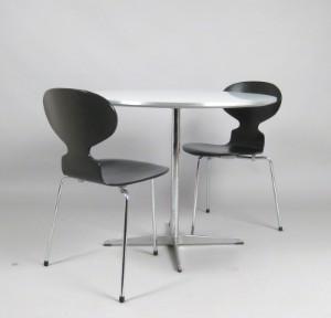 lot 3645797 arne jacobsen paar st hle modell 3100 ameise. Black Bedroom Furniture Sets. Home Design Ideas