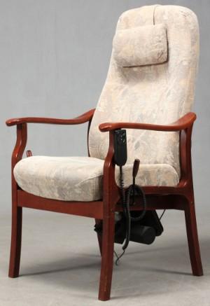 Lot: 3970796 Otium stol med elektrisk løft