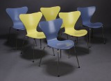 Arne Jacobsen. Series 7 chairs, model 3107, pastel purple and yellow (6)