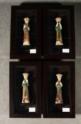 Set av 4 tavlor med relief dekor, Reproduktioner av Tang Dynasti gravfigurer (4)