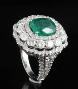 18kt diamond and emerald ring approx. 4.50ct & 3.92ct
