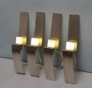Top Et sæt på fire Herstal væglamper af børstet stål. (4).   Lauritz.com JO26