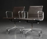 Charles Eames. A pair of office chairs,  model EA 117, leather (2)