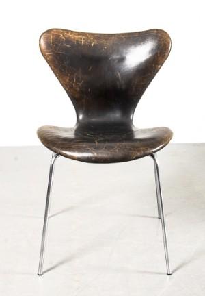 slutpris f r arne jacobsen stol modell 3107. Black Bedroom Furniture Sets. Home Design Ideas