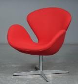 Arne Jacobsen, Svanen med rød uld, Fritz Hansen