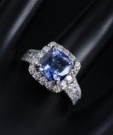 Tanzanite and diamond ring, 14 kt. white gold, diamonds total approx. 1.24 ct.