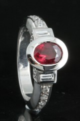 18kt. ruby and diamond ring approx. 0.52ct