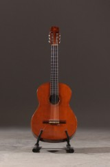 Bozo Padunavac / K. Yairi. Klassisk guitar model 3-B