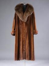 Saga Royal, dame minkpels, hel lang frakke, Female hele skind,