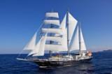 7 dages sejlkrydstogt med 'Running on Waves' tværs gennem Det Ægæiske Hav i en udvendig Standard kahyt med to senge for 2 personer fra Athen/til Kos, rejsetidspunkt 31.05. - 06.06.2015