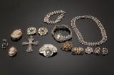 Samling sølvsmykker filigran ogdragt smykker (15)