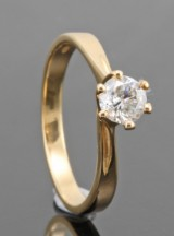 Diamond solitaire ring in 18kt approx. 0.37ct