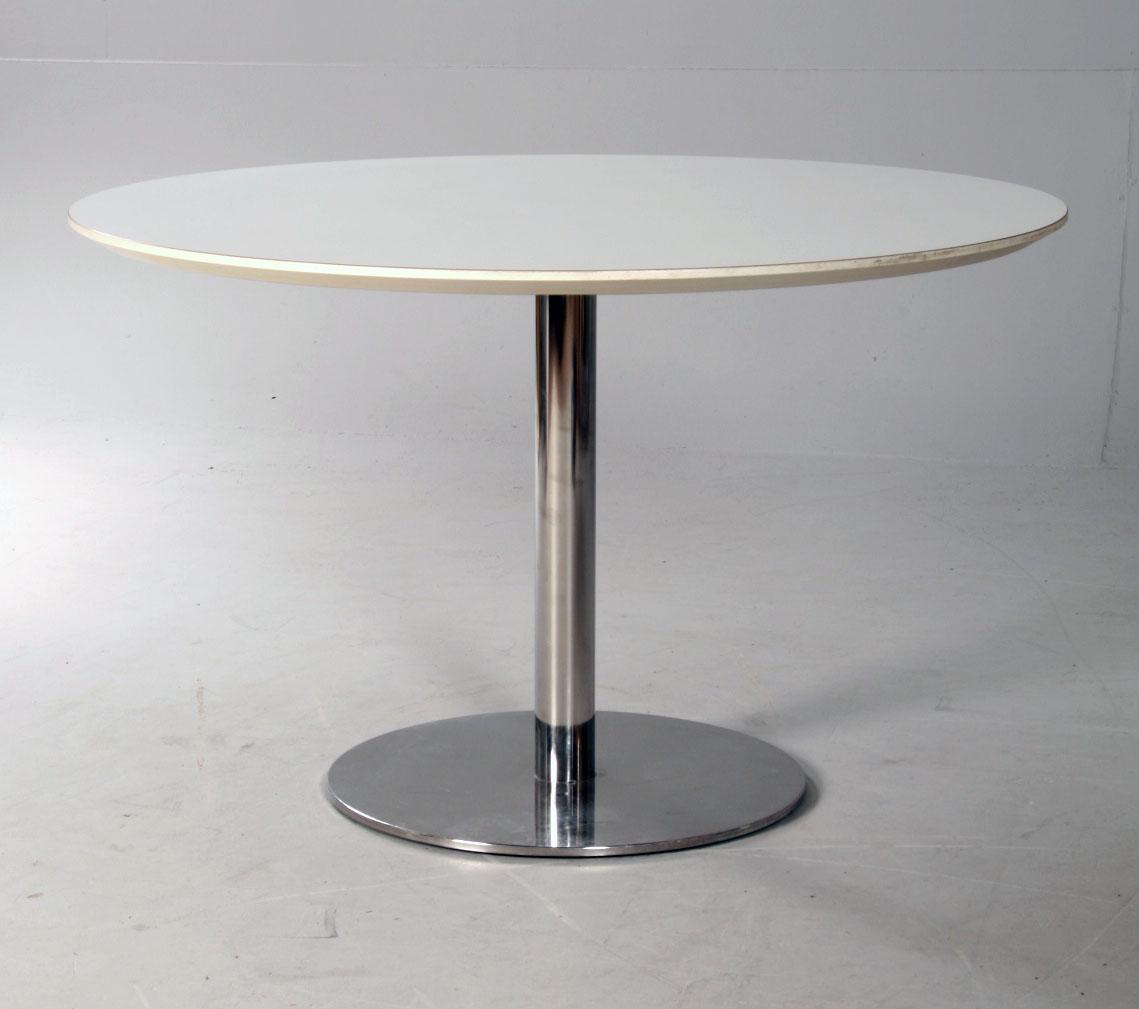 Zeta Furniture. Spisebord |
