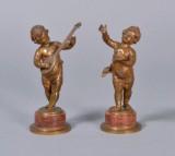 Ruffino Besserdich (Østrig) 2 figurer af bronze, spillende og syngende putti (2)