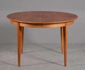 teak spisebord Rundt spisebord af teak/eg med skjult udtræk, 1950/1960 | Lauritz.com teak spisebord
