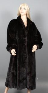 Saga Mink. Long black/mahogany coat, size approx. 38-40