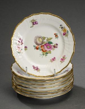 db262d163209 Kongeligt Porcelæn. Saksisk blomst med takket guldkant