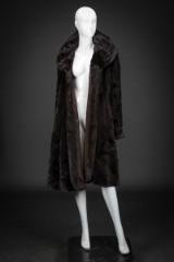 Mink swing coat, mahogany, size 40/42, labelled Manakas Frankfurt