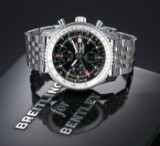 Breitling 'Navitimer World'. Herrechronograf i stål med sort skive, 2010'erne