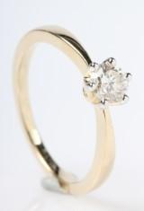 Diamond ring, 14 kt gold. 0.50 ct