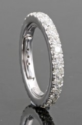 18kt eternity diamond ring approx. 1.25ct