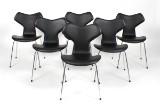 Arne Jacobsen. Seks Grand Prix stole, model 3130, sort læder. (6)
